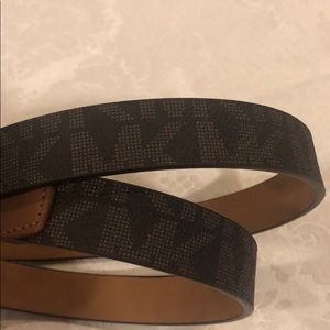 NWT Authentic Michael Kors tortoise buckle belt
